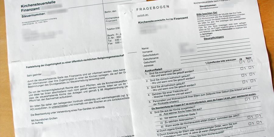 Fragebogen zur Kirchensteuer-Rasterfahndung. Foto © A. Platzek